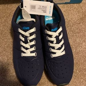 New native shoes Cornell size 7M/W9